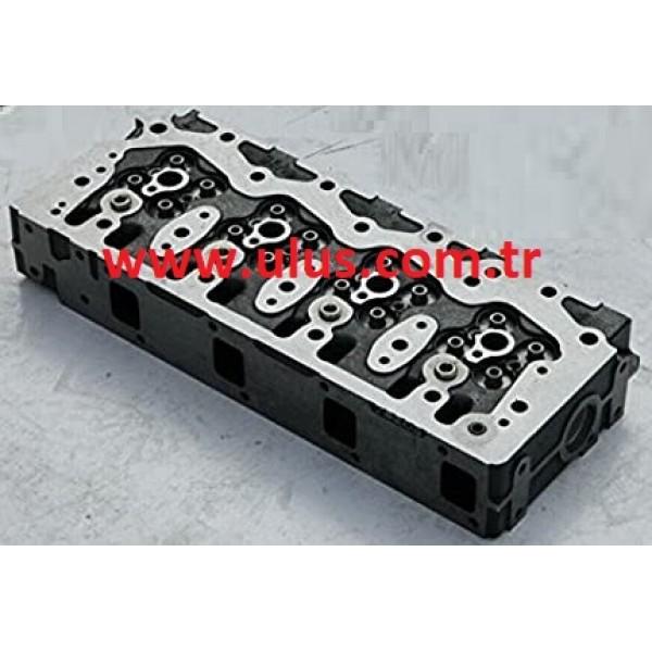 YM129908-11700 Cylinder Head 4D98E Engine KOMATSU